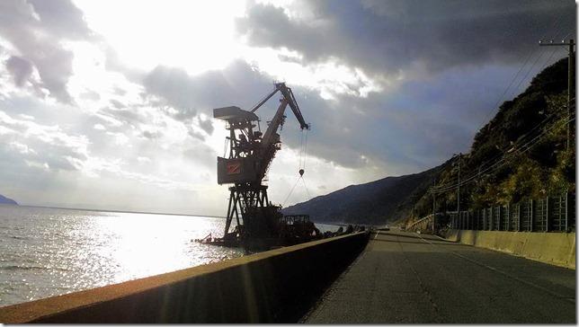 アワイチ途中で見た座礁船Zの画像