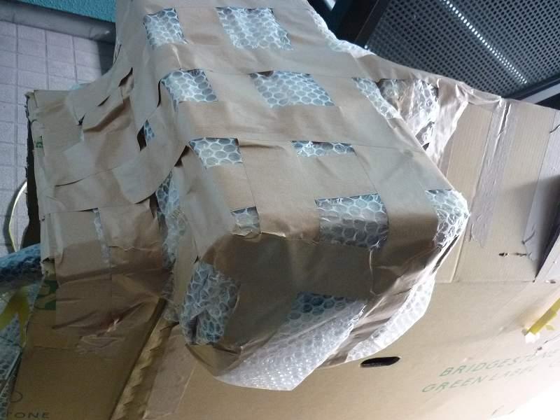 ラレーCRF到着時の梱包状態
