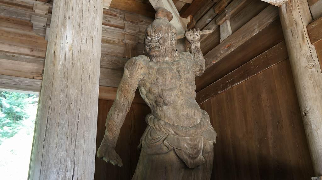財賀寺金剛力士像