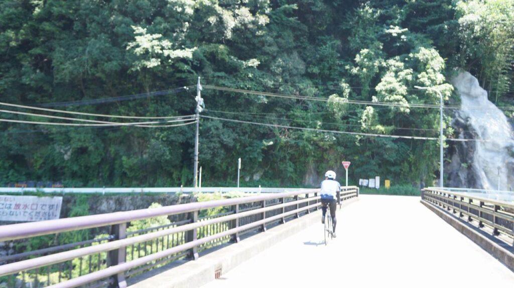 矢作川東道路に移る